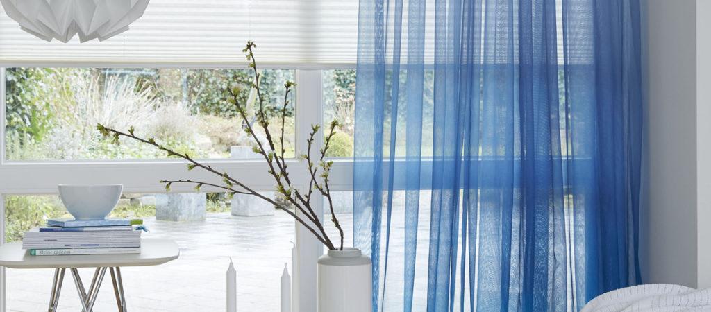 Denim tot ijsblauwe gordijnen - MrWoon Raamdecoratie