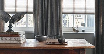 Semi Transparante Raamdecoratie Gecombineerd Met Linnen Gordijnen
