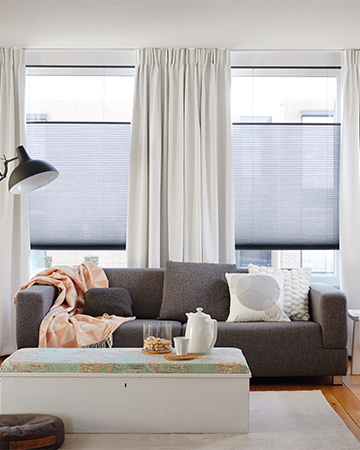 Duette® Shades zorgen voor warmte en privacy in huis